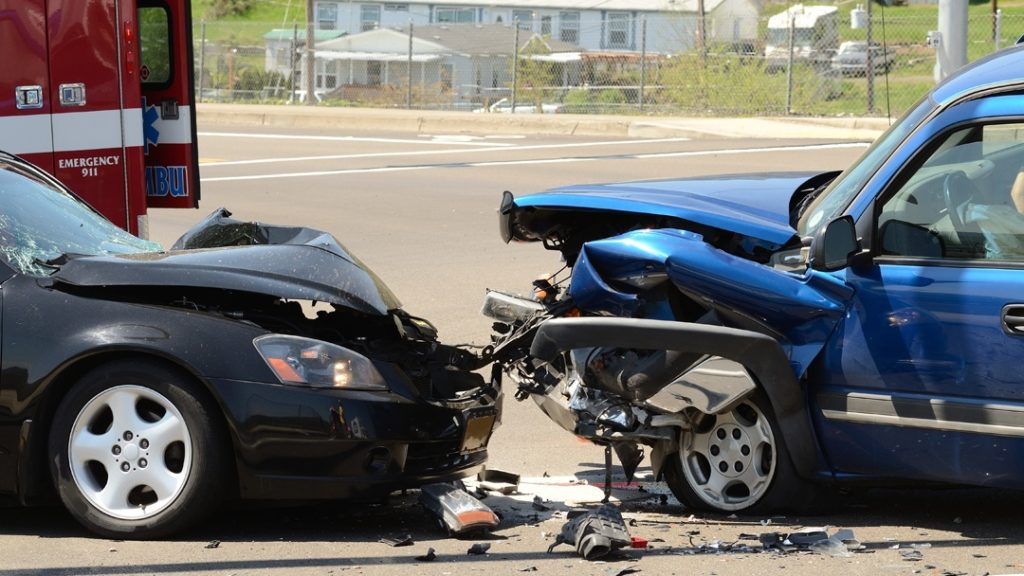 card head on crash bronx parkway